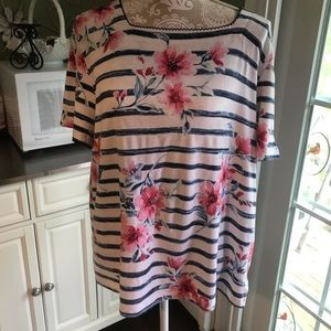 Pretty Alfred Dunner Summer Top L